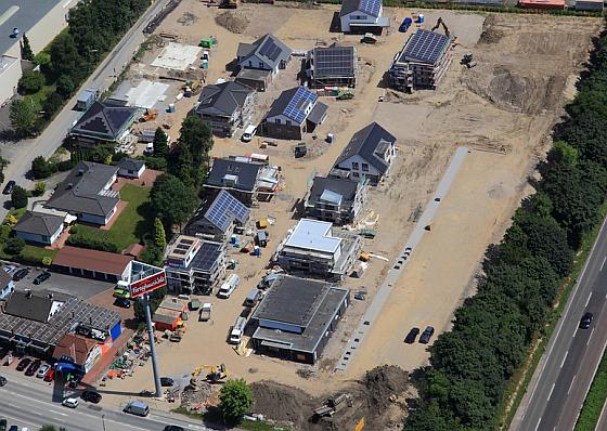 Siedlung mit Modellcharkter und offenen Häusern zur Besichtigung ab September 2013 freigegeben. (Foto: BDF/Peter Sondermann)